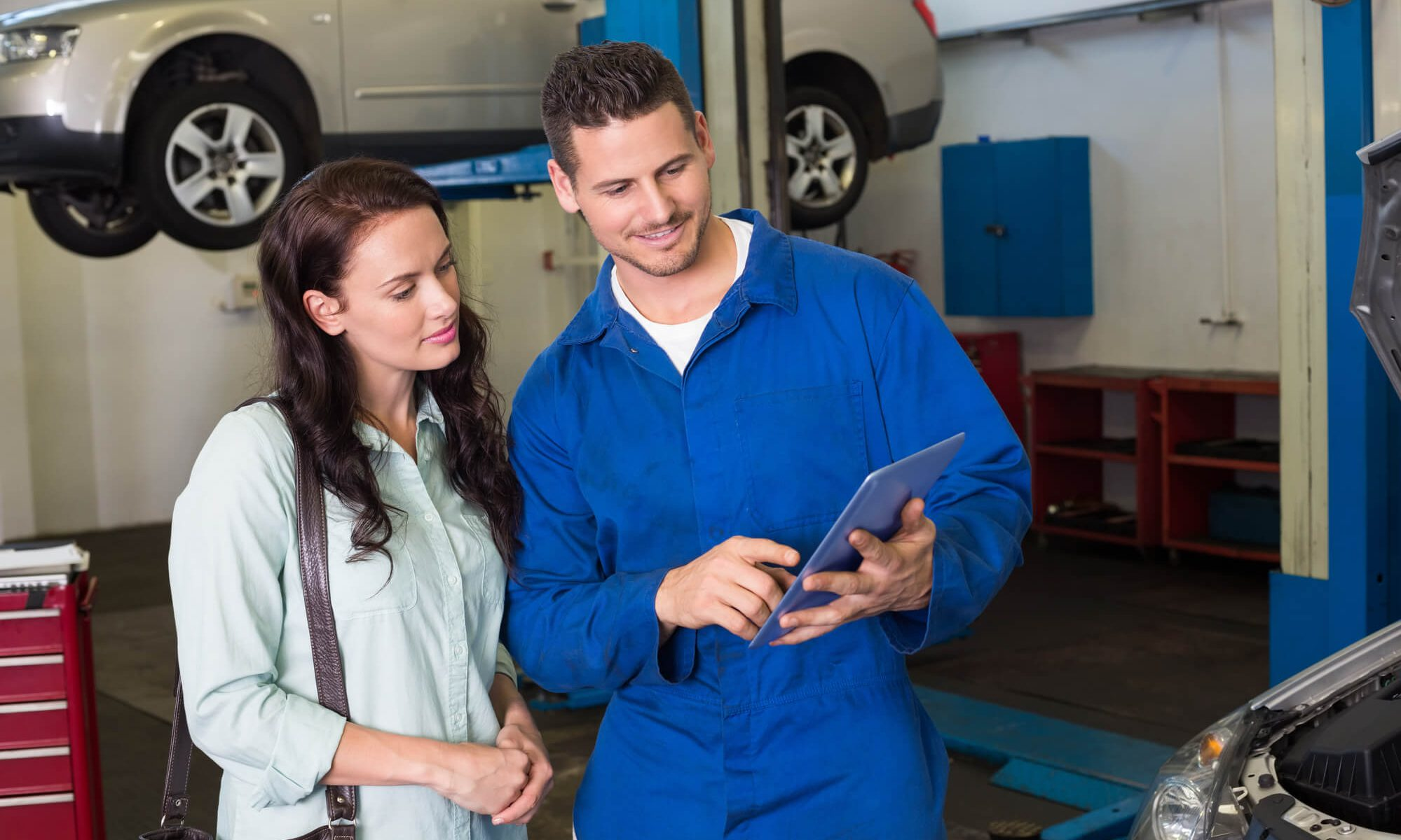 how to improve auto mechanic customer loyalty